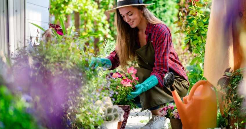 Gartenarbeit Schutzkleidung