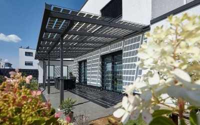 Lohnt sich die Anschaffung eines Solar-Terrassendachs?