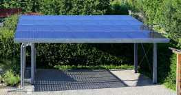 Solar-Terrassendach eines Carportss