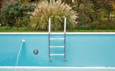 Den Pool winterfest machen: 10 wichtige Tipps