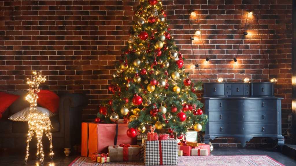 Kugeln am Tannenbaum sind ein fester Bestandteil des Weihnachtsfests.