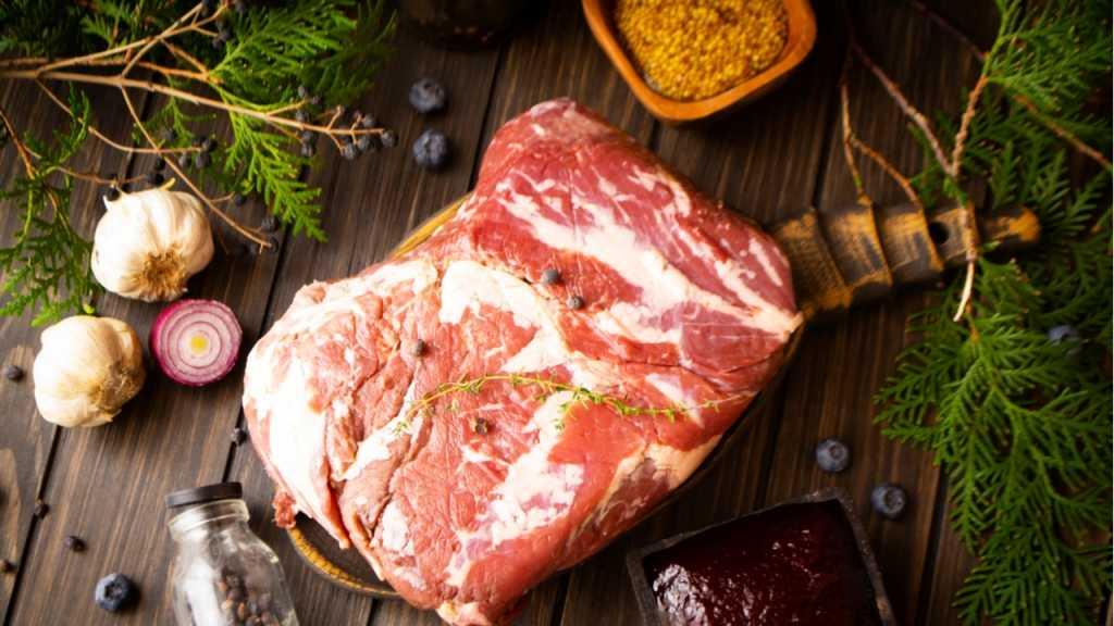 Das Wintergrillen bietet insbesondere bei der Fleischauswahl viele Vorteile.