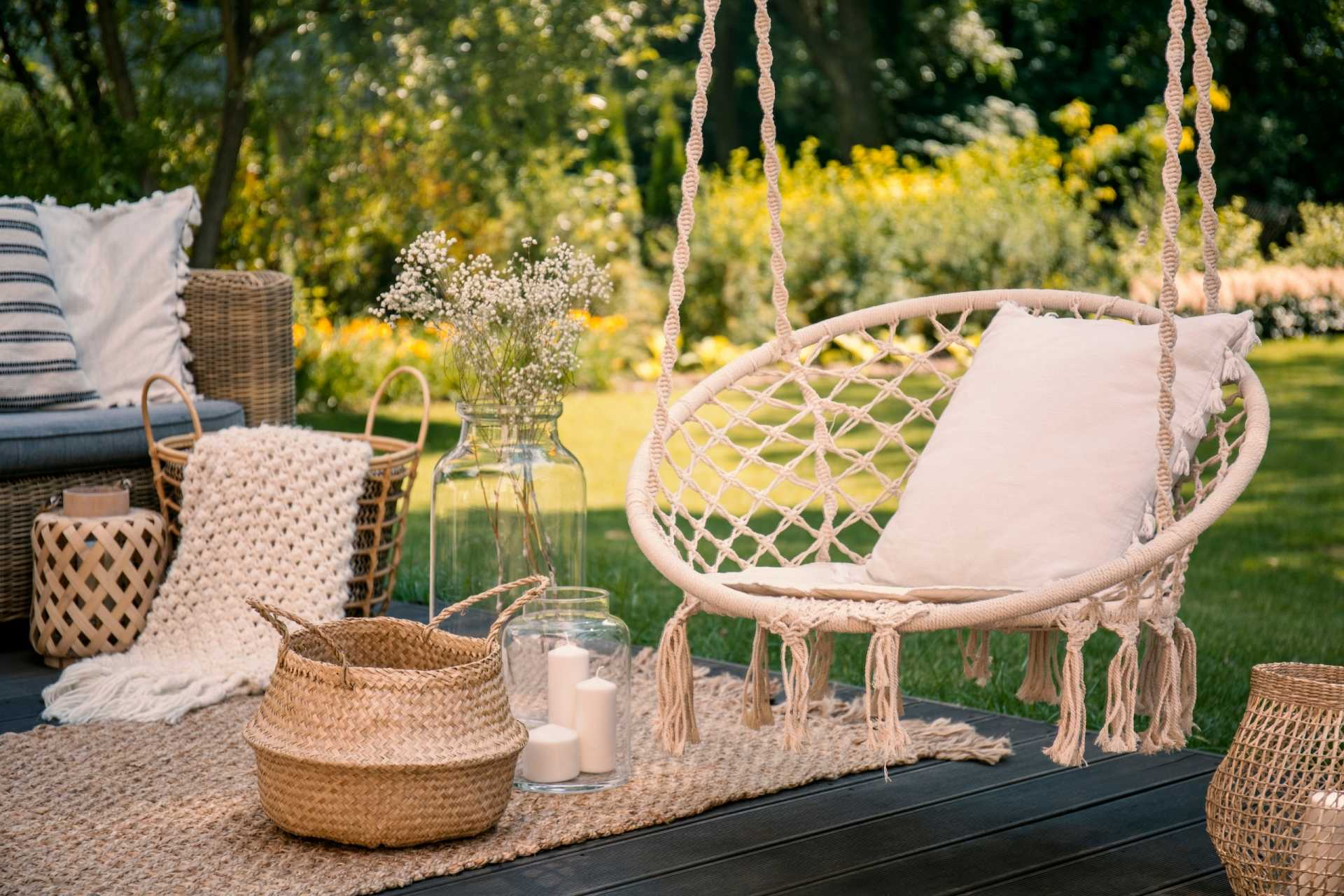 3 Hängesessel für den Garten, die es ermöglichen, die Seele baumeln zu lassen