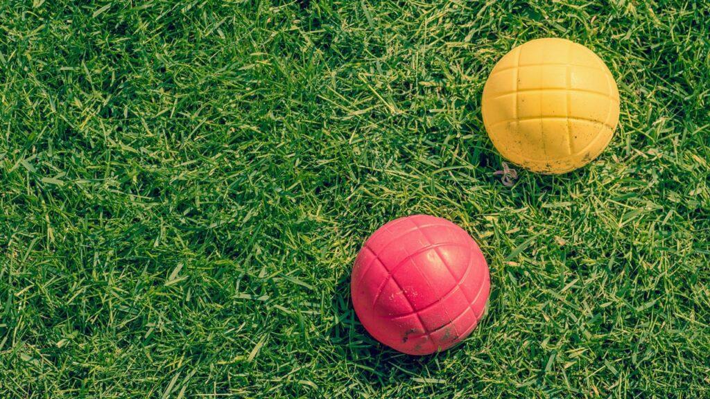 ballsport auf dem rasen